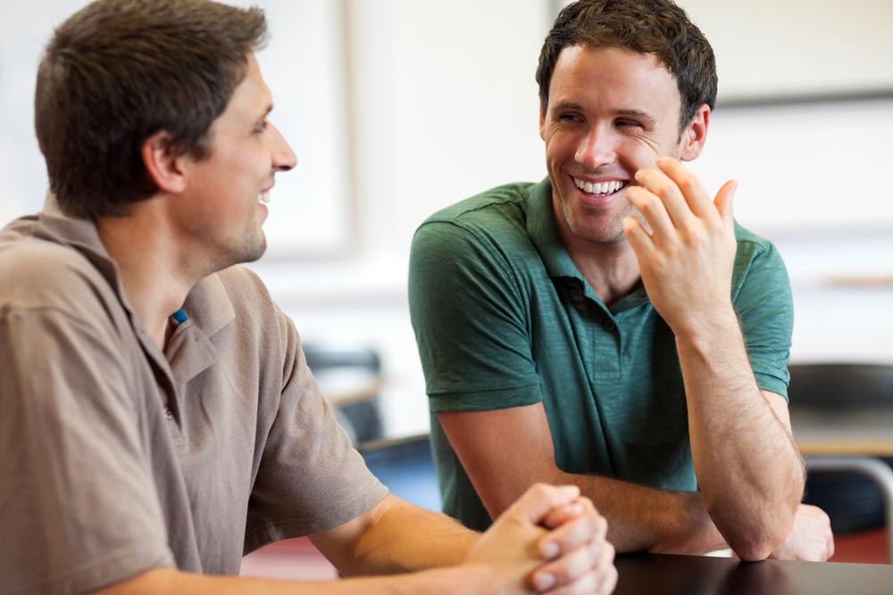 goodencenter-los-angeles-drug-rehab-photo-of-two-men-talking-during-recovery-treatement