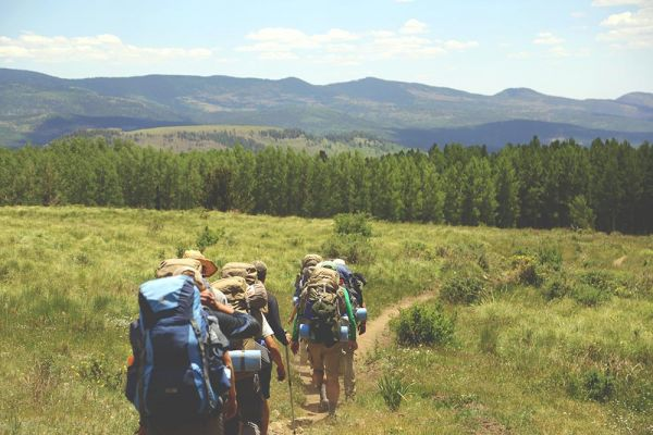 goodencenter-how-nature-benefits-mental-health-photo-of-a-group-of-hikers
