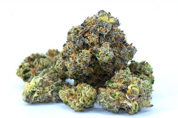 goodencenter-marijuana-and-schizophrenia-is-there-a-link-photo-of-marijuana